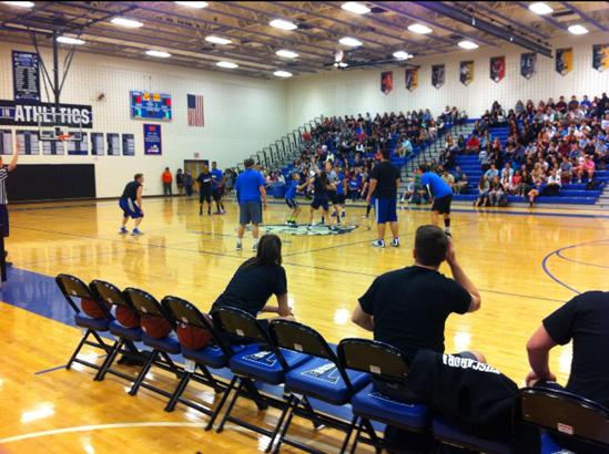 Faculty-Senior Basketball Game Successful: Seniors Beat Faculty 52-51