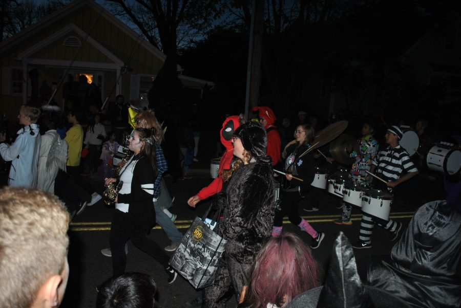 Fun+Events+to+Celebrate+Fall+with+Friends+and+Family%3A+Leesburg+offers+a+Halloween+parade%2C+corn+maze%2C+and+haunted+house