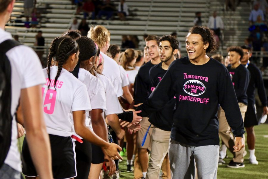 Powderpuff+vs.+Powerbuff%3A+The+Junior+and+Senior+Classes+Compete+in+Two+Sports+Events+run+by+the+Junior+Class+Council+and+the+SCA