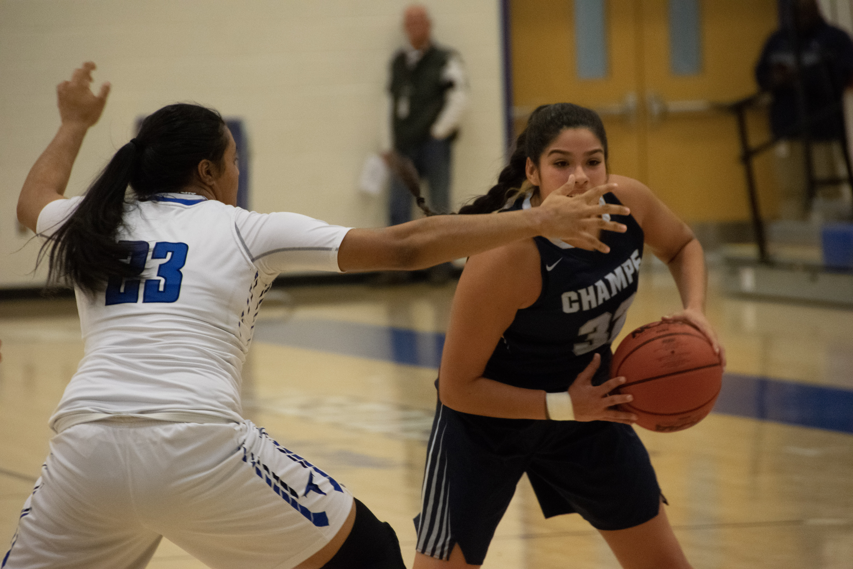Tuscarora plays defense.jpg