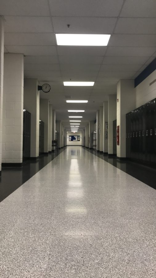 Lockers+in+High+School%3A+Efficient+or+Impractical%3F