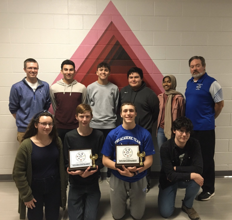 Academic Team Wins Districts