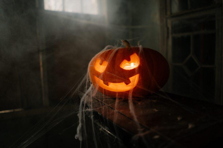 Fandom+Friday+%E2%80%94+Halloween%2C+a+Brief+History